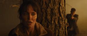 Анджелина Джоли и Финн Литтл в первом трейлере триллера «Те, кто желает мне смерти»